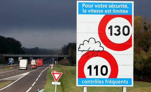 Montant PV : les avocats experts en permis de conduire de Help Avocat vous liste le montant des amendes en France.