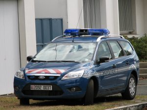 help-avocat-telephone-volant-dehan-schinazi-voiture-police